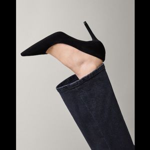 Black suede high heel court shoes. NWT